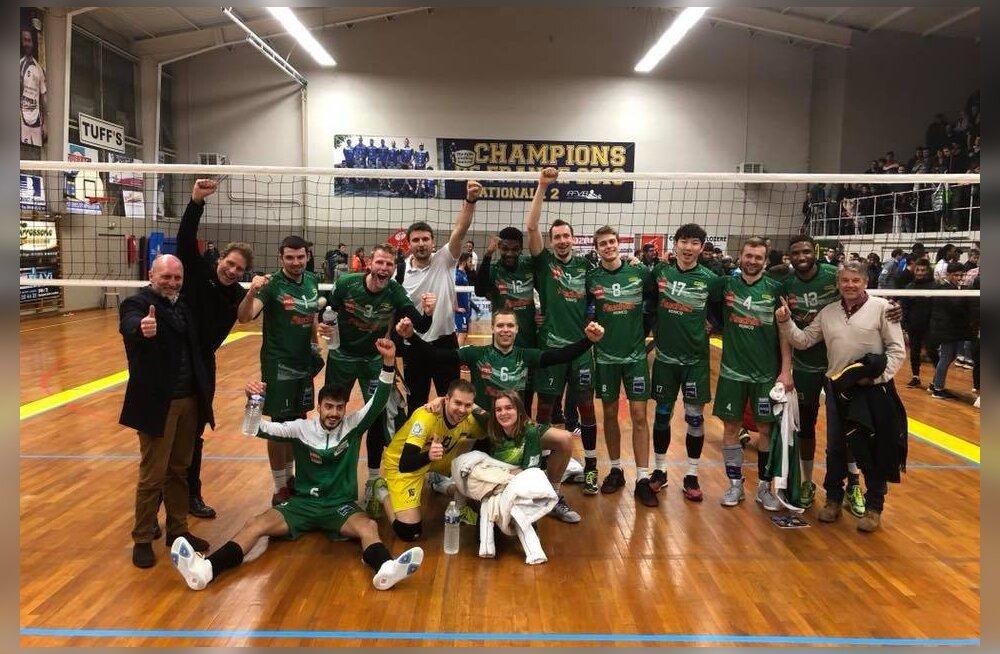 Vastasmeeskond tegi kavala tünga, kuid Juhkami klubi pääses ikkagi poolfinaali