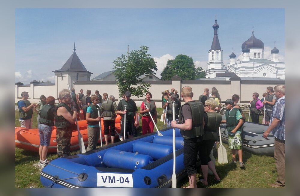 Viisavabalt Narva jõel – ka laisk saab kummipaadiga kihutada