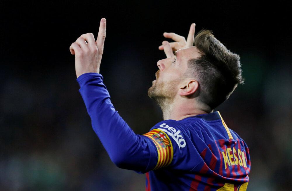 VIDEO | Ülev hetk: vastasmeeskonna fännid reageerisid Messi kübaratrikile püstiste ovatsioonidega