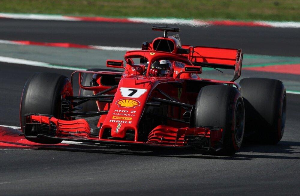 Kimi Räikkönen testisõidul Barcelonas
