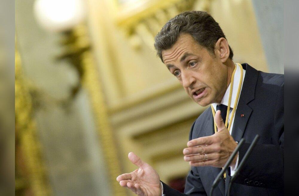 Prantsuse president Sarkozy plaanib juba mais Liibüat külastada