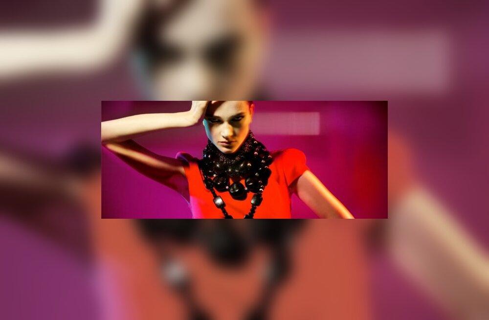 Armani eksmodell on Ivo Nikkolo uus reklaamnägu