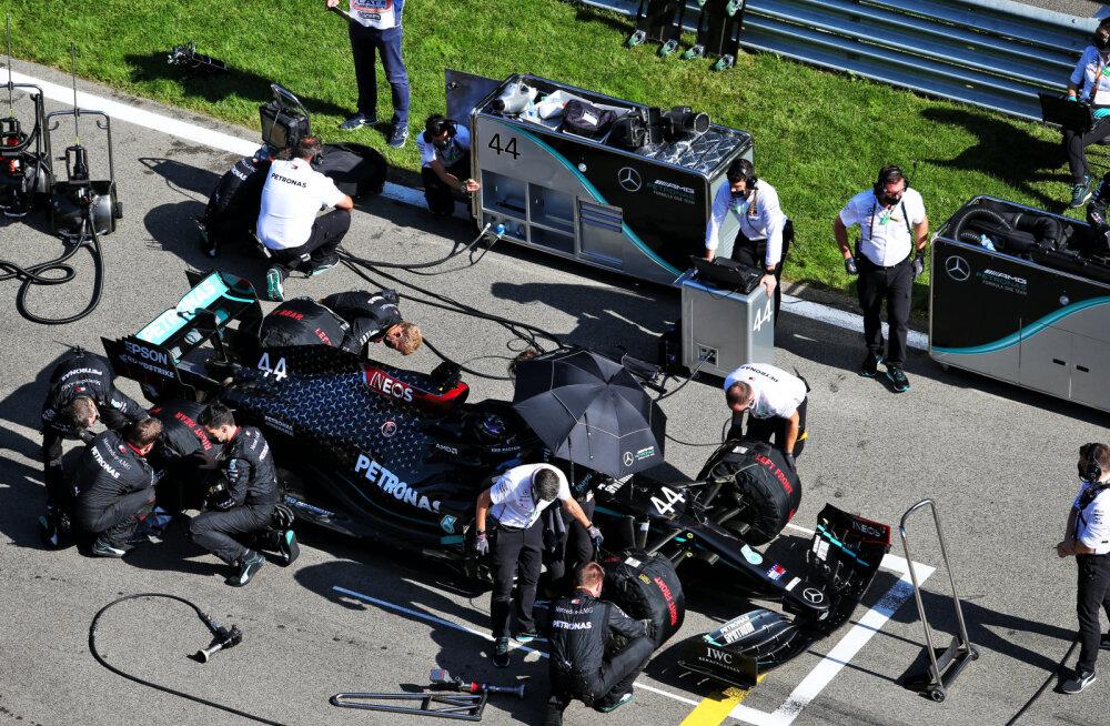 Mercedese F1 meeskonna liige nakatus Eifeli GP eel koroonasse