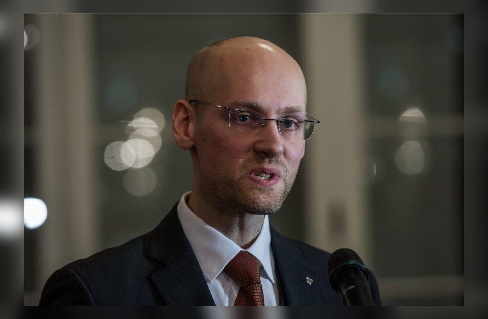 """Varro Vooglaiu sihtasutus läheb suvetuurile, et """"et selgitada Eesti ühiskonnas maad võtva kultuurisõja tähendust, tagamaid ja suundumusi"""""""