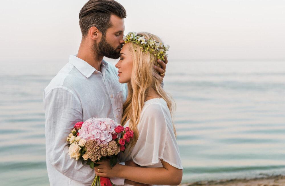 Teadlased selgitasid välja, millest koosneb õnnelik abielu