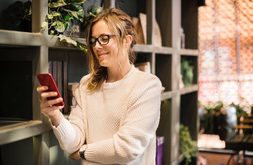Kui telefon on lapsest tähtsam ehk kuidas mõjub lapsele see, kui sina end kogu aeg telefoni kaotad?