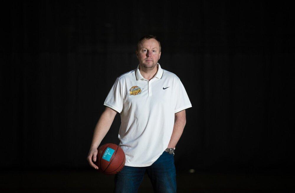 Eesti U20 koondise peatreener Aivar Kuusmaa