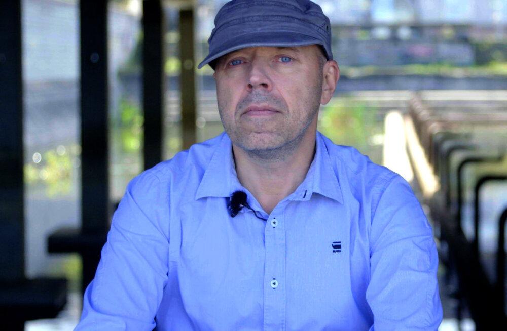 """Urmas E. Liiv lõi käed Tallinna Ülikooliga: järgmise aasta sügisel võtan vastu """"hobusevargaid"""""""