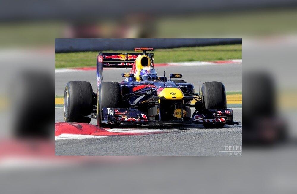 Vormel-1 avasõit peetud! Vettel võttis Melbourne'is kindla võidu