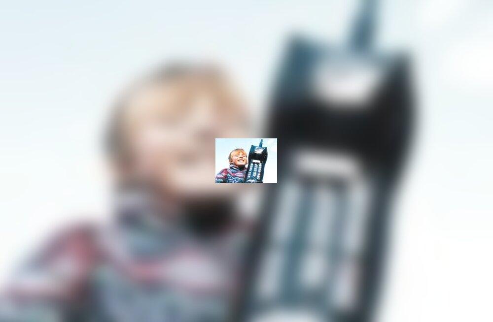 Laps ja mobiiltelefon