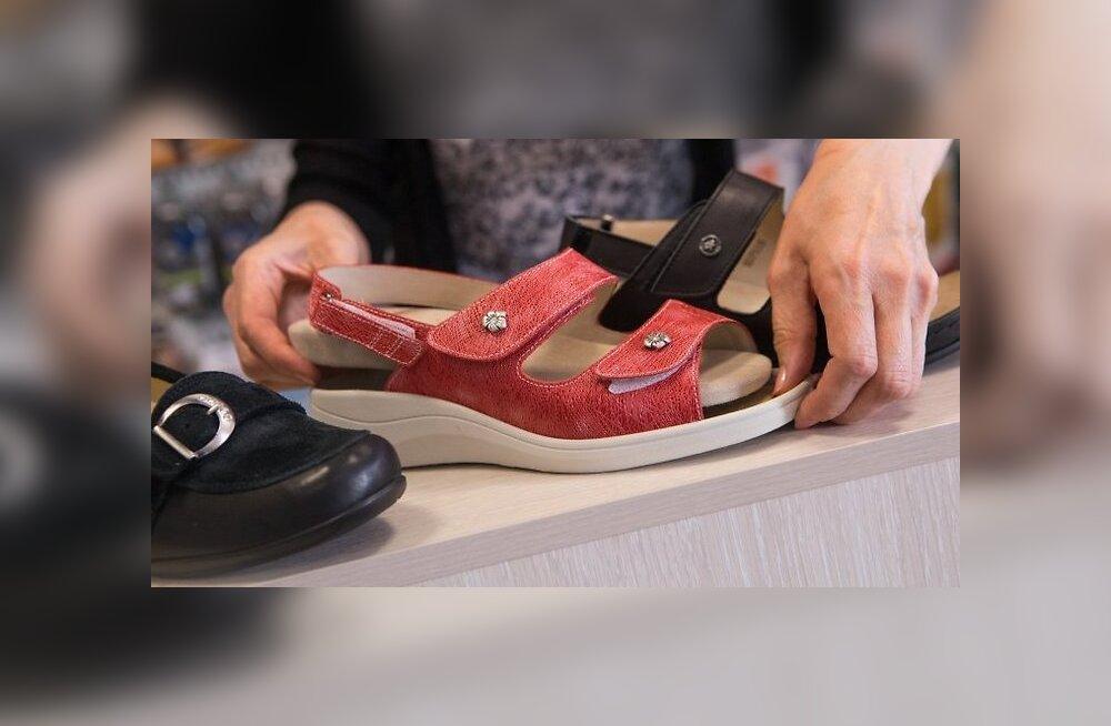 Обувь по лучшей цене: в этих магазинах сейчас скидки аж до 70%
