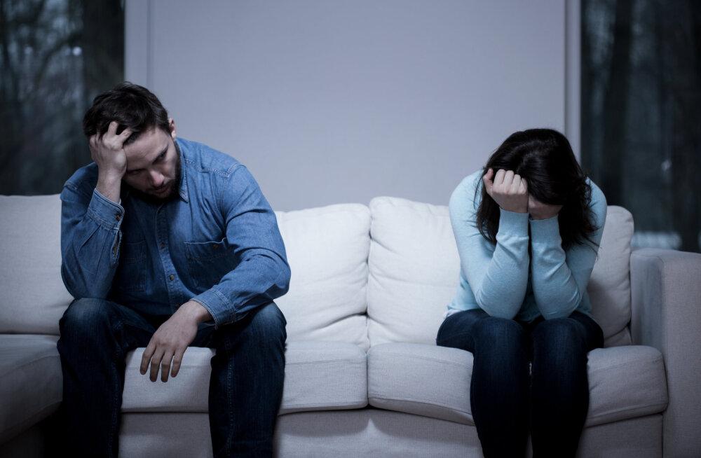 Naine kurvastab: olen ainult neli aastat suhtes olnud, aga juba on kirg ja särts kadunud