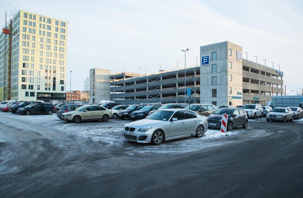 В Ülemiste City построили новое парковочное здание на 470 мест