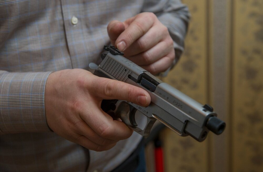 Россиянам с судимостью могут навсегда запретить владеть оружием