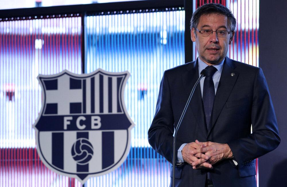 Kodusõda tippklubis: ameti maha pannud tippjuht süüdistab Barcelonat korruptsioonis, klubi ähvardab kohtuteega