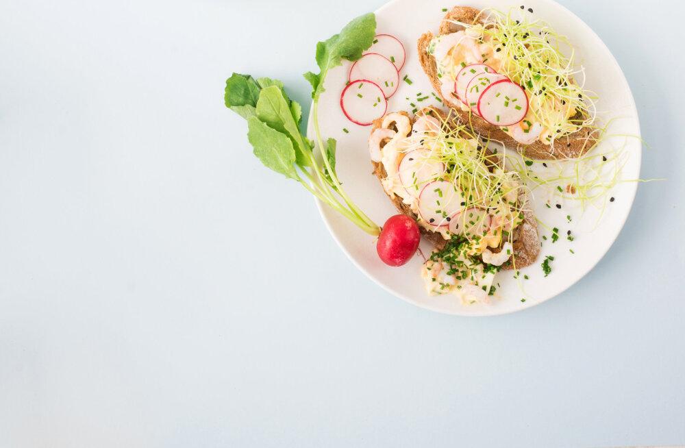 RETSEPTID | Asendamatud salatites, võileibadel ja karris: uued viisid, kuidas kasutada keedumune