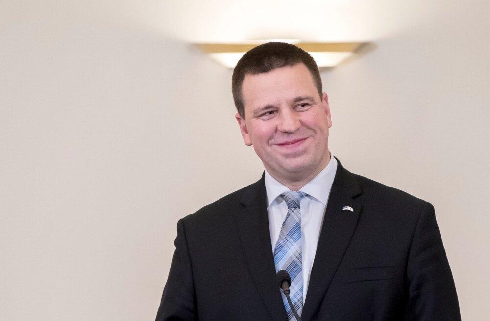 Shinzo Abe Eestis