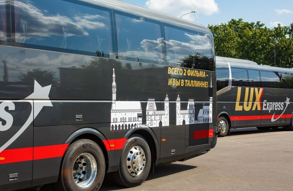 На новых автобусах Lux Express размещены изображения городов стран Балтии и Финляндии