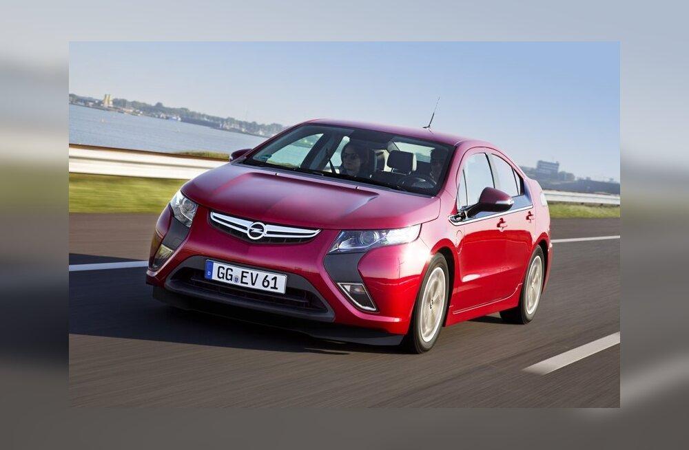 """Электрокар Opel Ampera признан """"Автомобилем года в Европе"""""""