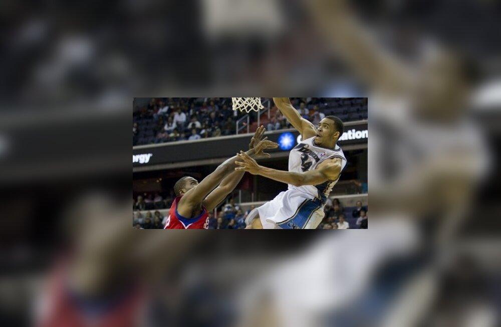 Elton Brand teeb jõhra vea, NBA, korvpall