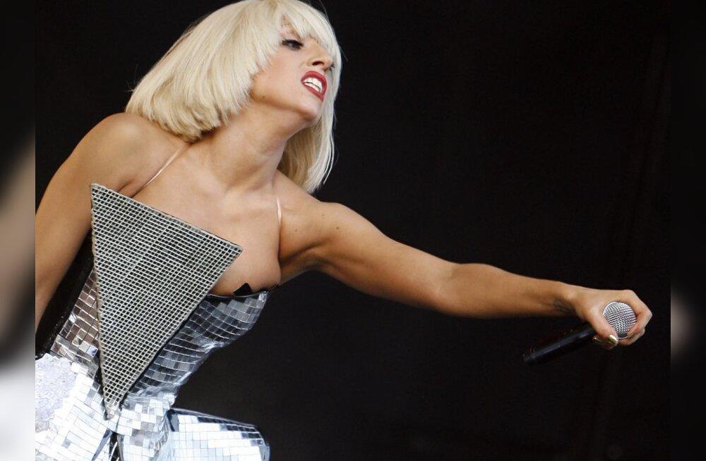 FOTO: Mis Lady GaGaga lahti on? Ta näeb välja NORMAALNE!