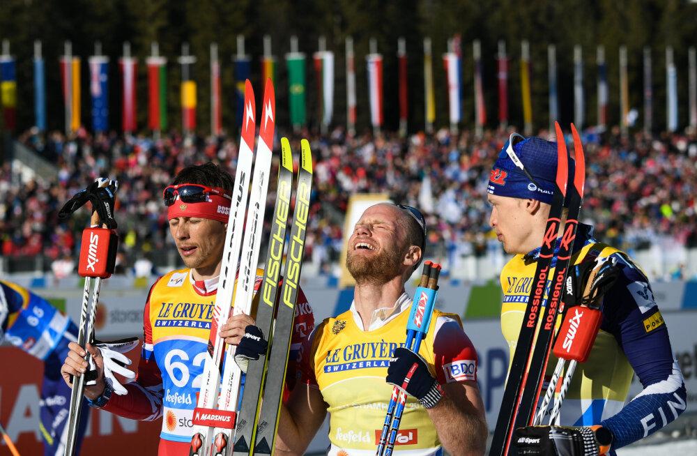 Tänase 15 km sõidu esikolmik, keskel võidumees Martin Johnsrud Sundby