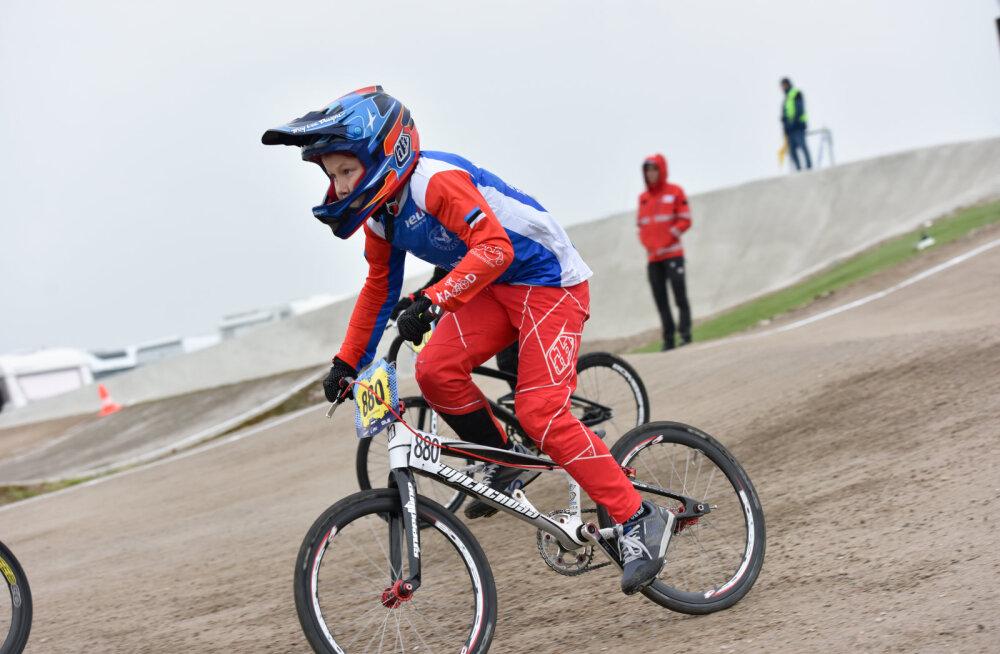 Eesti BMX krossiratturid näitasid Läti meistrivõistlustel head taset