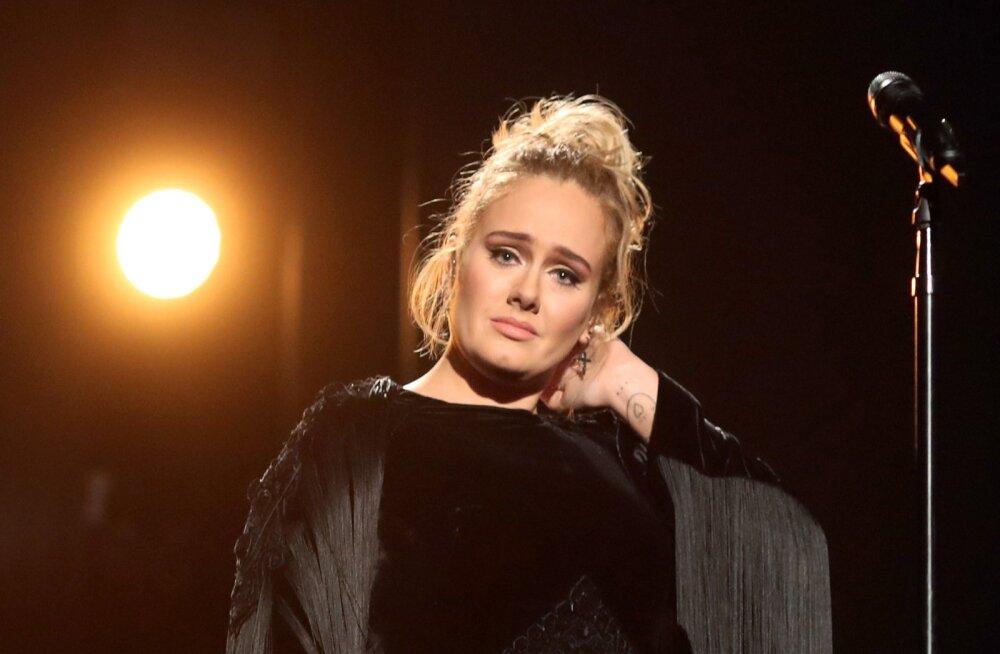 Tõelised põhjused, miks Adele'i laitmatu abielu purunes: teise lapse probleem ja erimeelsused tööasjades