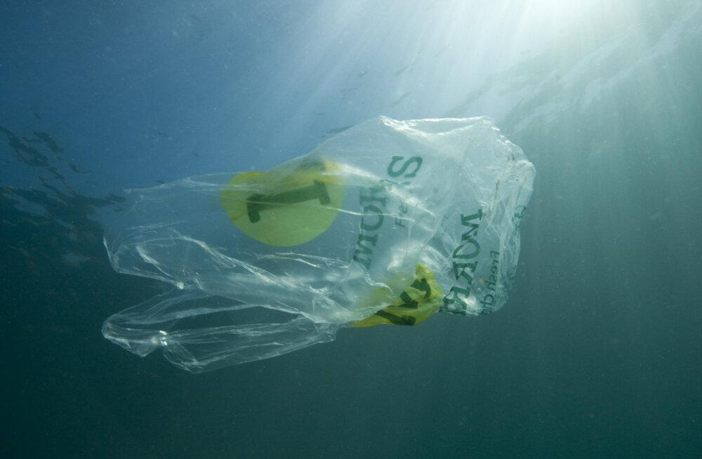 Prügisaared ookeanis on vaid 1% sinna sattunud plastprügist – kus on ülejäänu?
