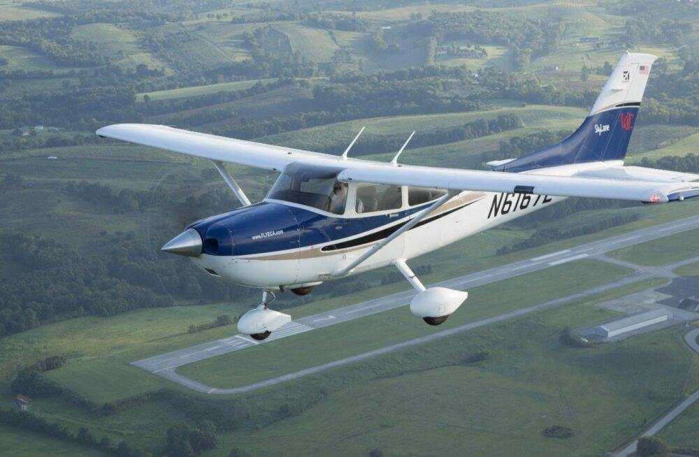 Самолет Cessna, иллюстративное фото