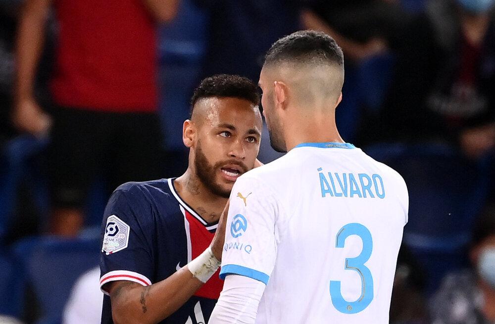 Kakluses osalenud Neymar sai kahe mängu pikkuse keelu, ühe tiimikaaslase karistus on oluliselt pikem