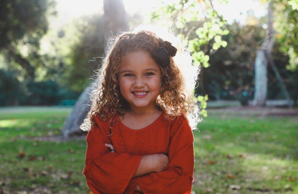 On 15 asja, mida kõik lapsevanemad peaksid oma väikestele tütardele juba maast madalast õpetama