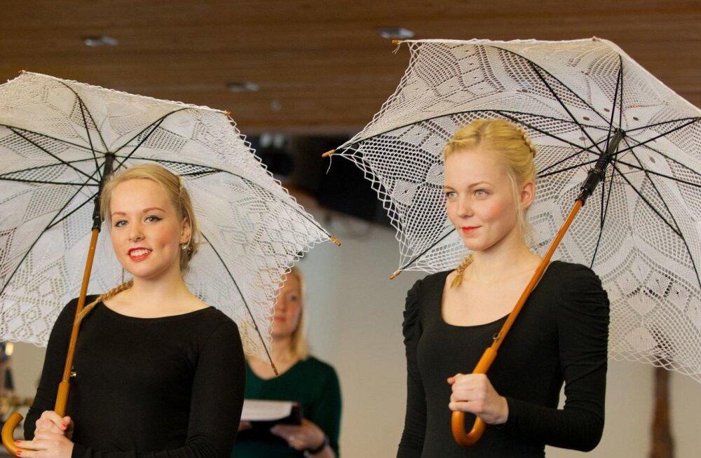 Visit Estonia soovitab: sel nädalavahetusel ootavad sind tipptasemel kaasaegne folkmuusika, Kihnu räimed ja Hiiu käsitöö