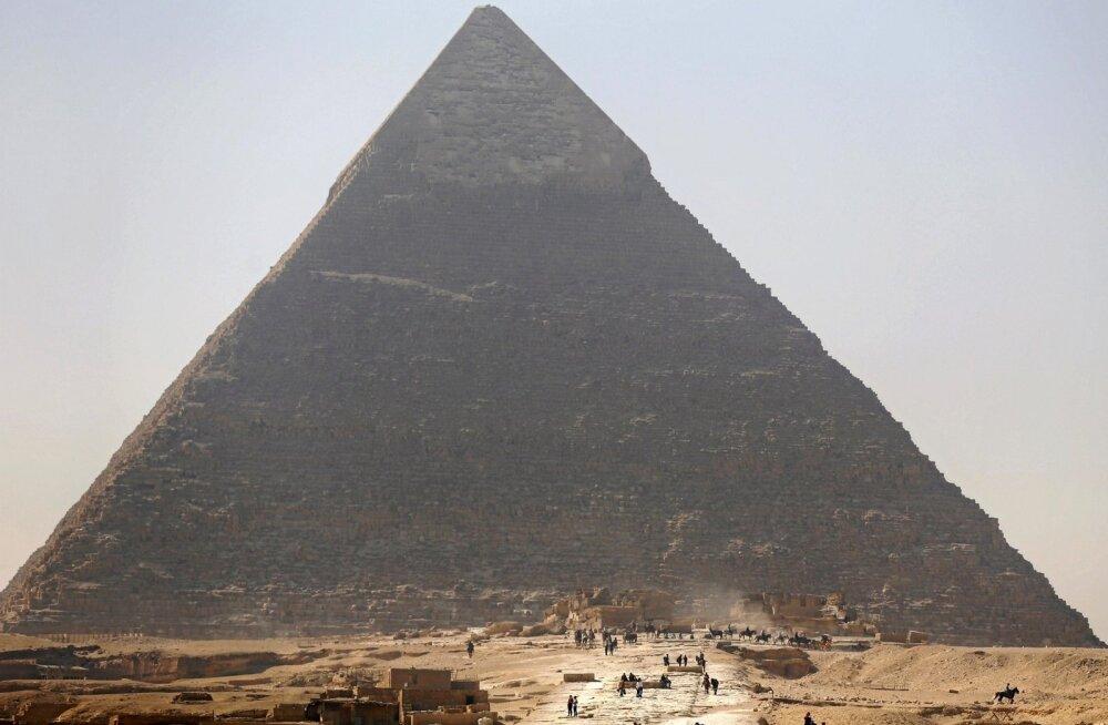 Teadlased avastasid Egiptuse Cheopsi püramiidist varjatud kambri