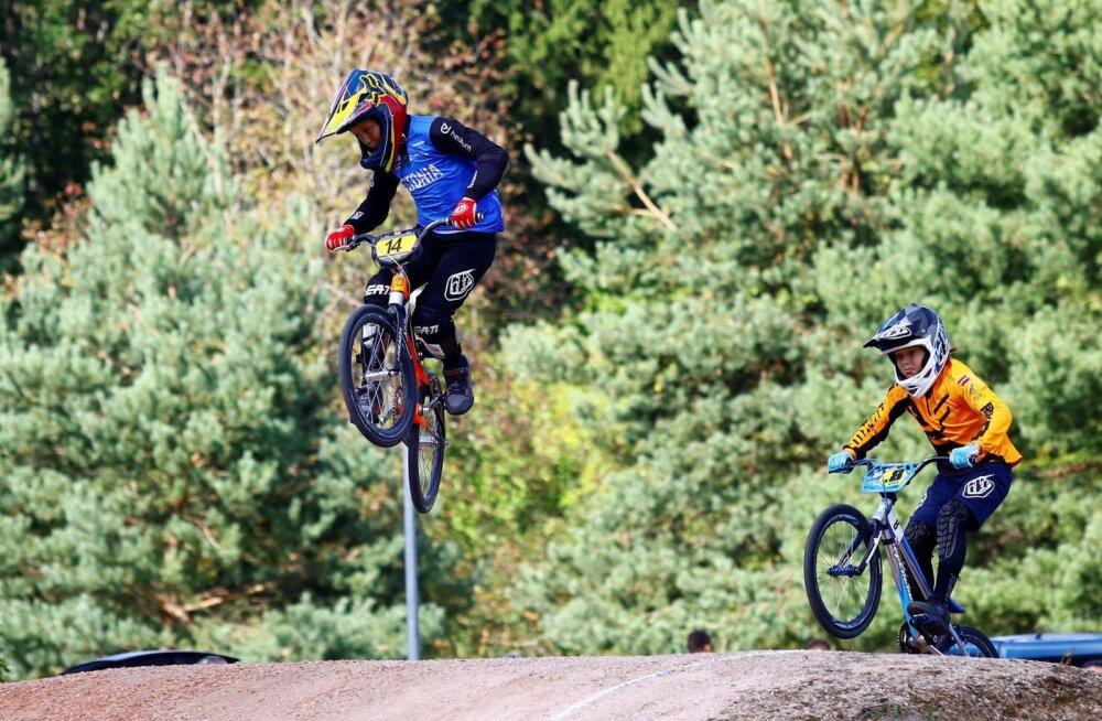 Noor Eesti BMX rattur võitis Belgias Euroopa karikasarja etapi