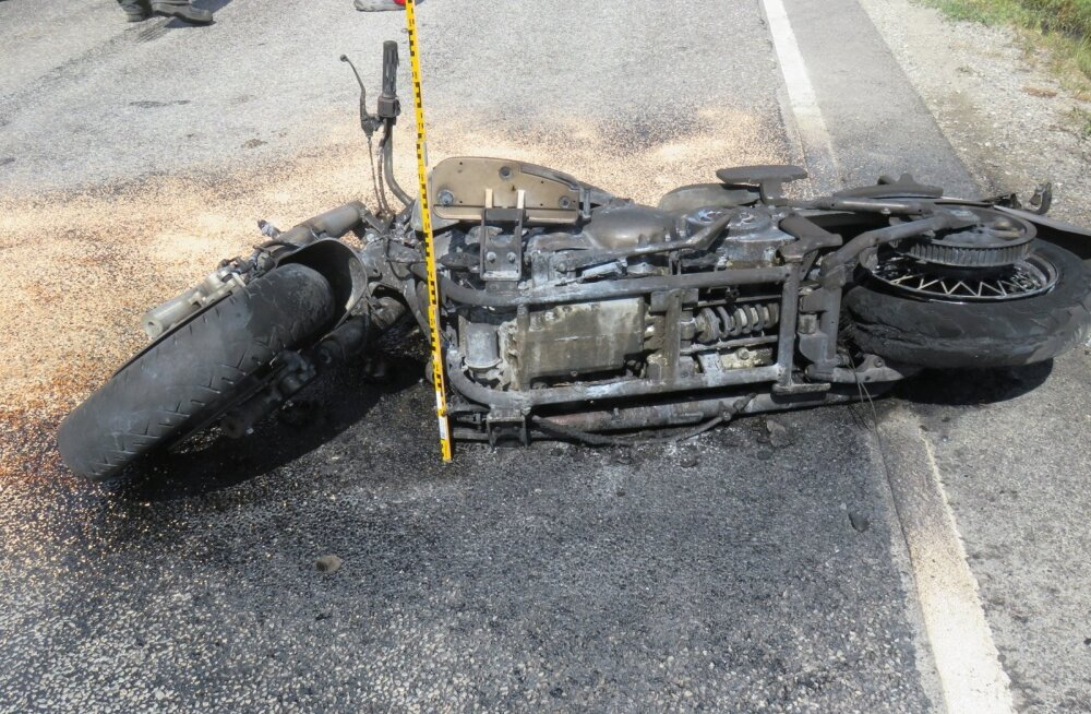 Raplamaal hukkus mootorrattur