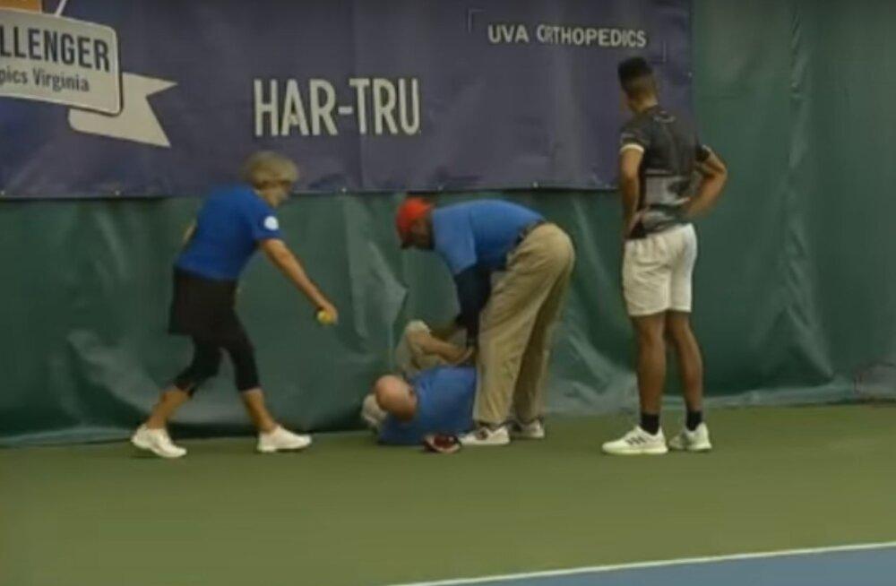 VIDEO | Valus õnnetus ATP Challengeri turniiril: vihaga loobitud reket vigastas joonekohtunikku
