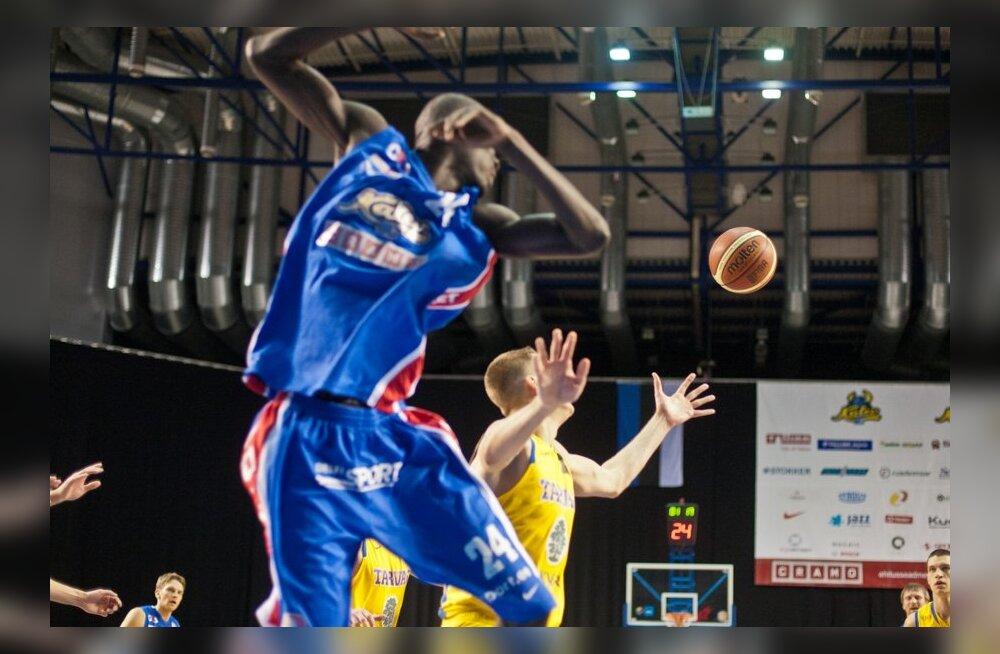 "Баскетбол: ""Калев/Крамо"" обыграл в родных стенах БК ""Раквере Тарвас"""