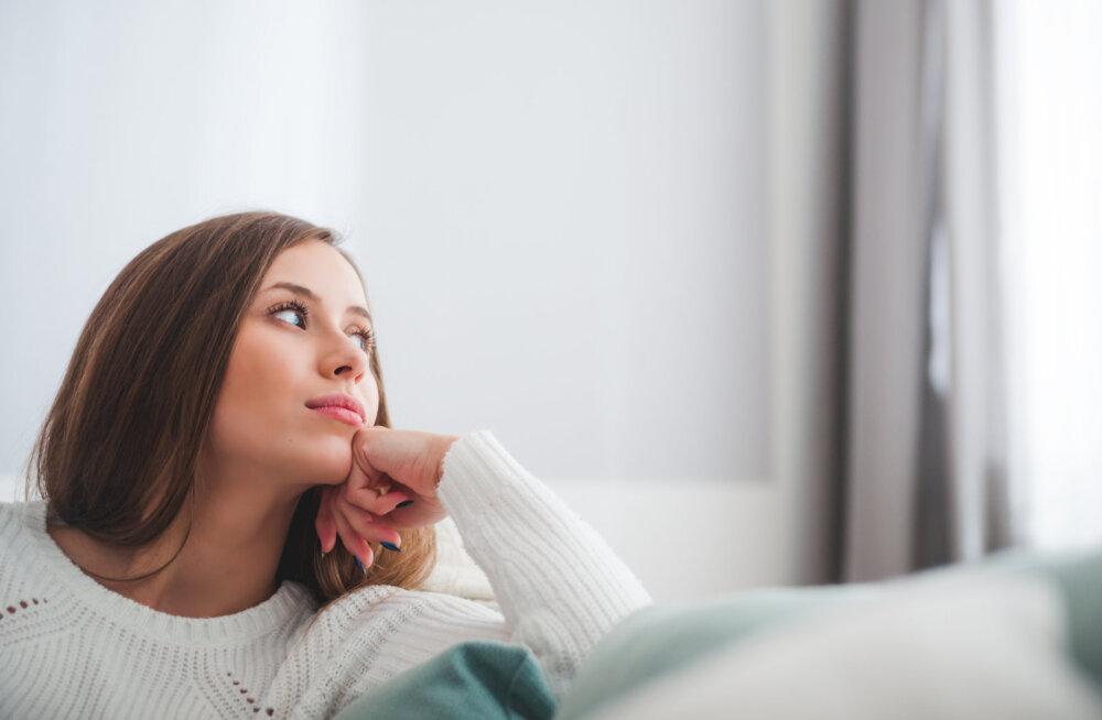 """Naise raske valik: kas jääda kokku oma kena elukaaslasega või anda uus võimalus """"pahast poisist"""" eksile?"""