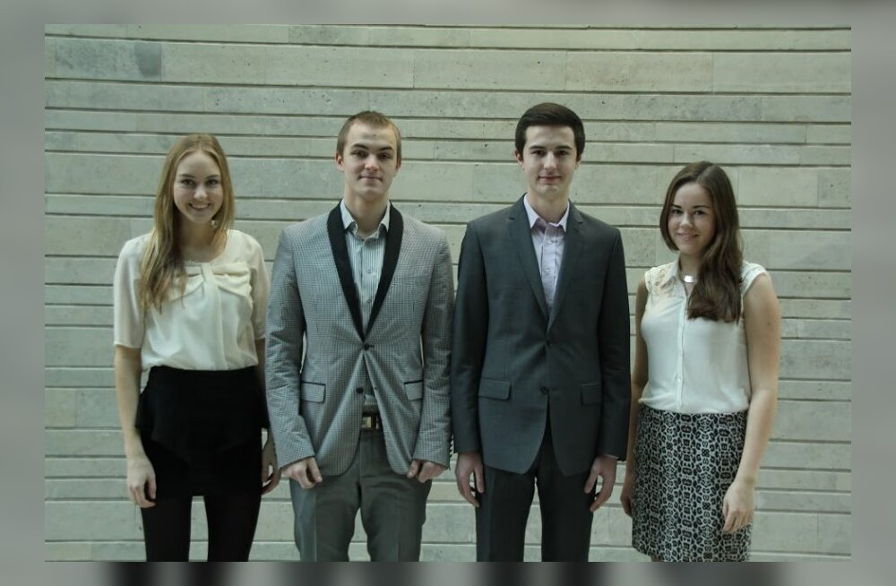 Vasakult alates tegevdirektor Josefina-Marii Sink, tootmisjuht Ott Männik, finantsjuht Martin Melnikov ja turundusjuht Leena Tauk