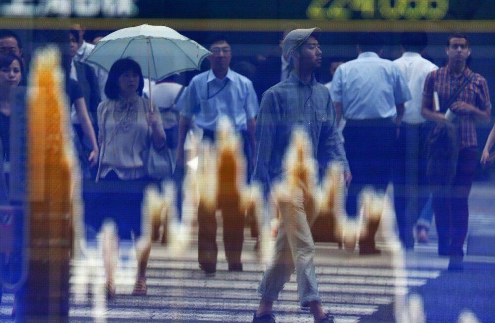 Kreeka ootamatu referendumi plaan raputas Aasia turge