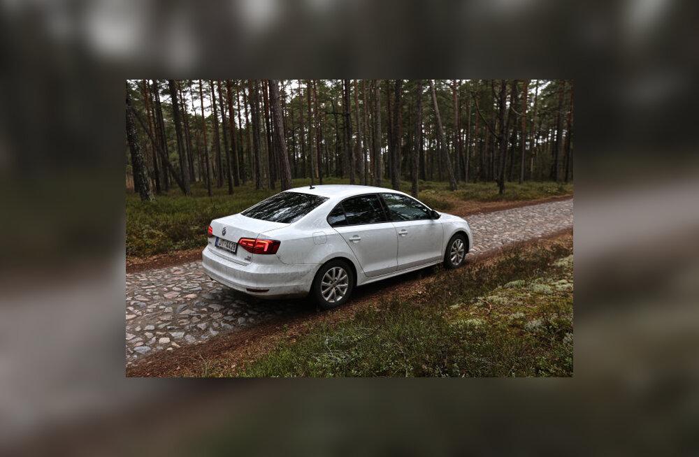 WhatCar?-i proovisõit: Volkswagen Jetta - mõistlik valik väikeste sedaanide seas