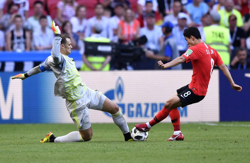 INTERAKTIIVNE GRAAFIK | Vaata, kuidas ebaõnnestunult väljakumängijaks kehastunud Manuel Neuer Lõuna-Koreale teise värava kinkis!
