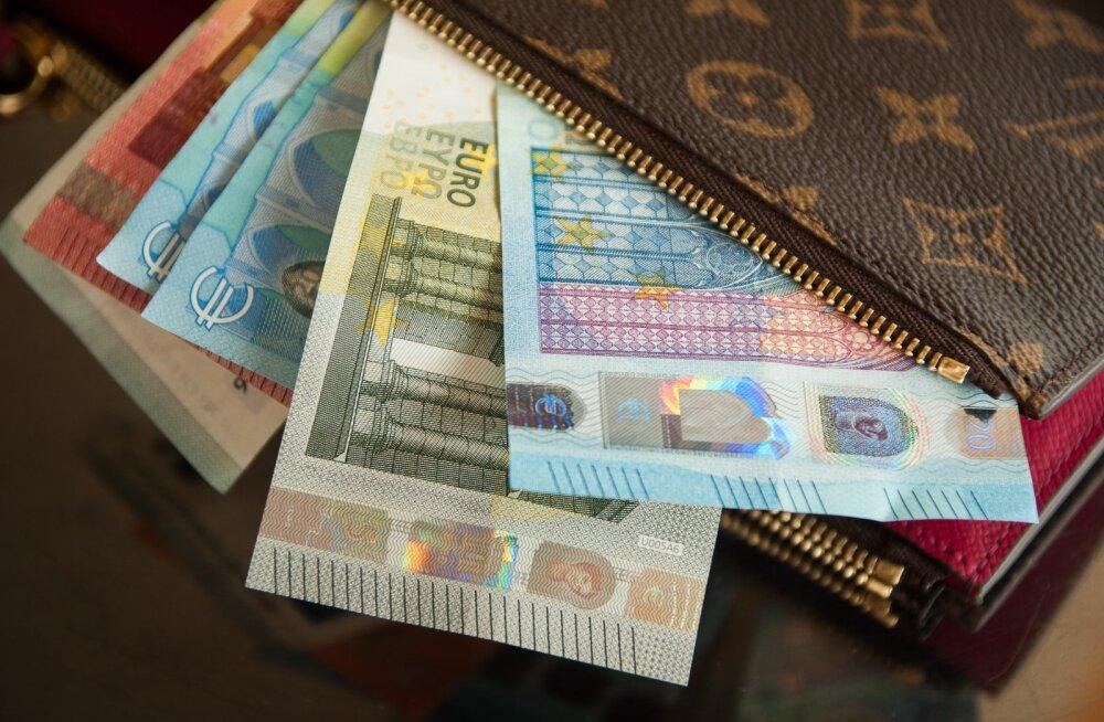 В 2020 году минимальная зарплата вырастет на несколько десятков евро