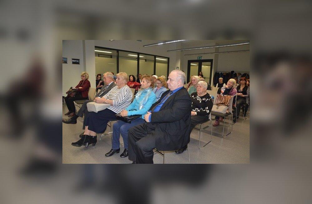 Проблемы медпомощи в Ласнамяэ: педставители Больничной кассы ответили на вопросы жителей района