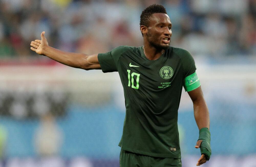 Šokeeriv! Nigeeria koondislase isa rööviti mõned tunnid enne kohtumist Argentinaga