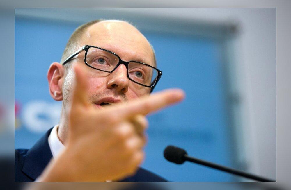 Jatsenjuk: opositsioon nõuab rahutustes osalenute vastutusest ja Tõmošenko vanglast vabastamist