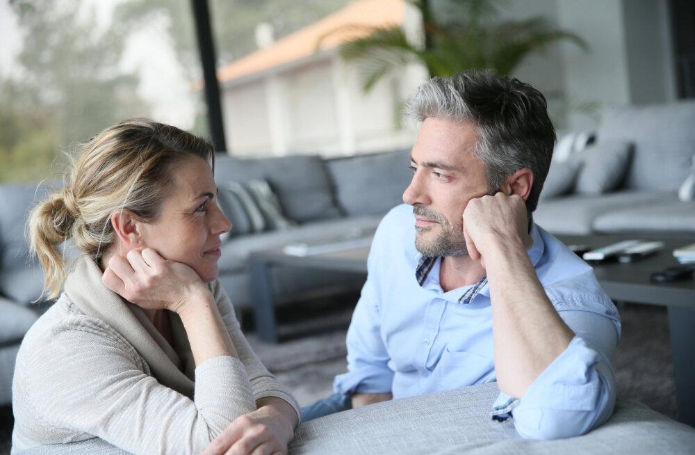 Intiimne vestlus: pereterapeut selgitab, kuidas õppida kuulama ja mõistma oma partnerit