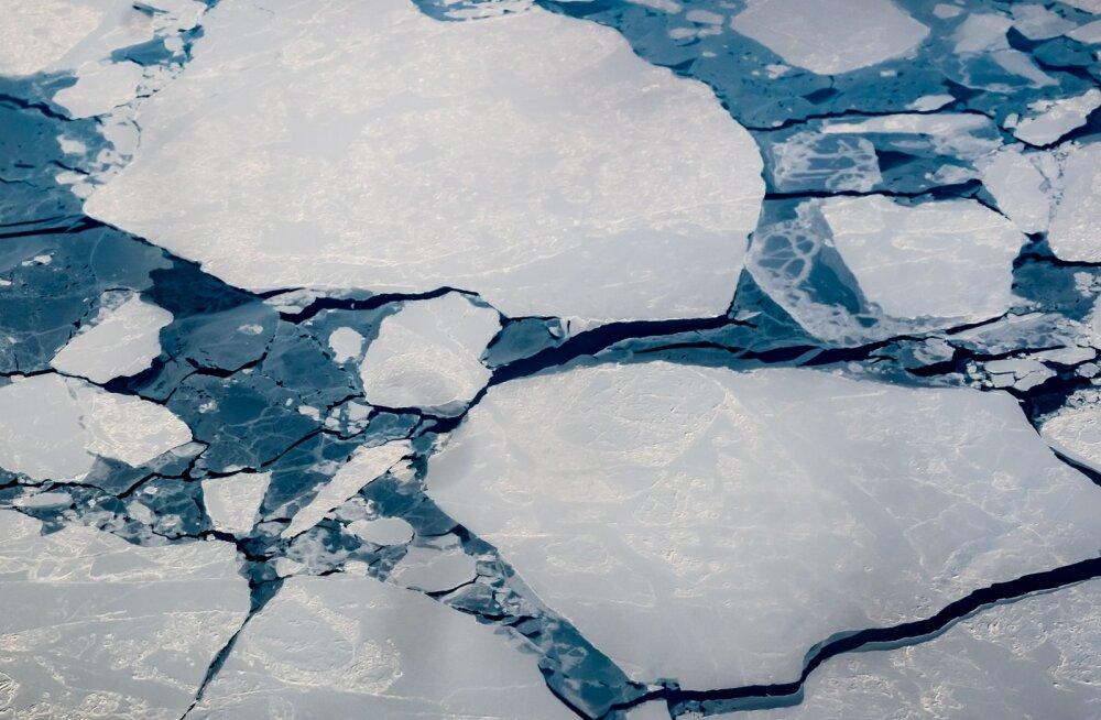 Teadlased: Põhja-Jäämeri võib juba paarikümne aasta pärast jäävaba olla