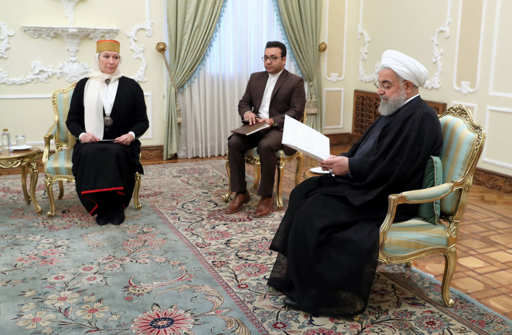 FOTO | Eesti suursaadik Iraanis andis üle oma volikirja